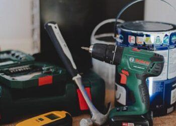 Les outils essentiels que vous devriez avoir dans votre boîte à outils