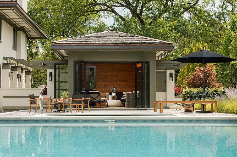 Fabriquer, disposer et aménager sa propre pool house