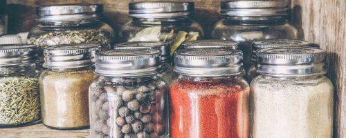 Idée adeau de bricolage : mélange de cacao chaud dans un bocal